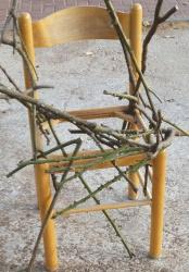 כיסא קשור