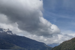 עננים והרים