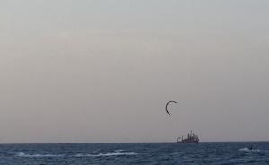 ים ואונייה